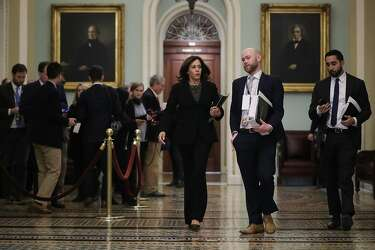 No Coffee No Cell Phones Kamala Harris Feinstein Adjust To Trump S Trial Sfchronicle Com