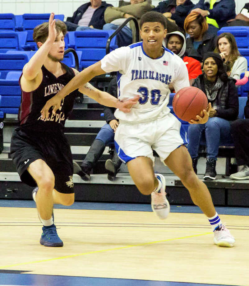 Jaquan Adams of LCCC (30) scored 11 points in Wednesday night's 86-66 victory over Lindenwood-Belleville at the River Bend Arena. Adams is a sophomore at LC from Civic Memorial. Photo: Pete Hayes | The Telegraph