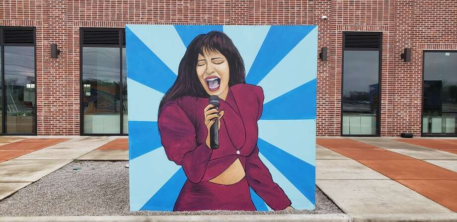 Selena cube mural at BakerRipley in the East End. Photo: Mark E. Steiner