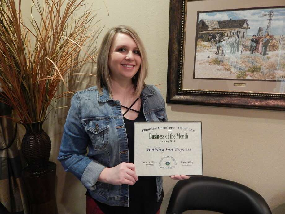Manager Misty Rowell accepted the Business of the Month award on behalf of the Holiday Inn Express. Photo: Courtesy Photos/Chamber Of Commerce