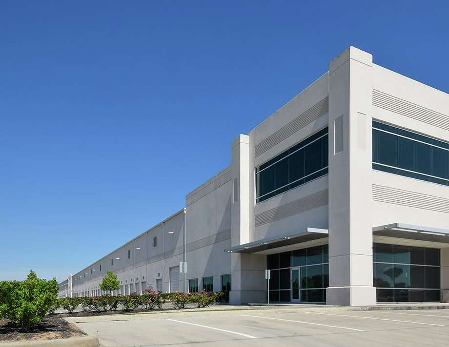The Beltway North Commerce Center at 971 N. Sam Houston Parkway East is fully leased to Air General and DB Schenker. Photo: JLL