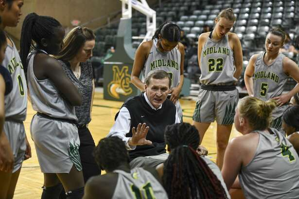 Midland College's head coach Ron Jones talks to the team during a time out Thursday, Jan. 23, 2020 at Chaparral Center.