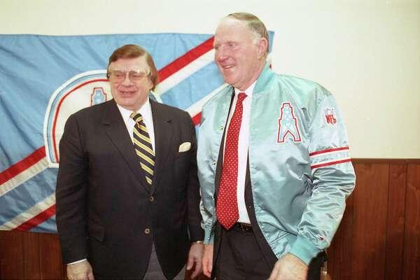 Oilers owner Bud Adams names UH football head coach Jack Pardee as the team's new coach, Jan. 9, 1990.