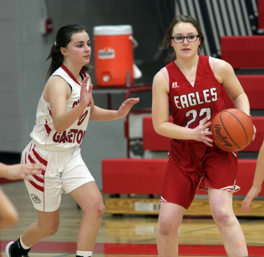The Owendale-Gagetown girls basketball team picked up a 36-30 win over Caseville on Thursday, Jan. 23. Photo: Eric Rutter/Huron Daily Tribune