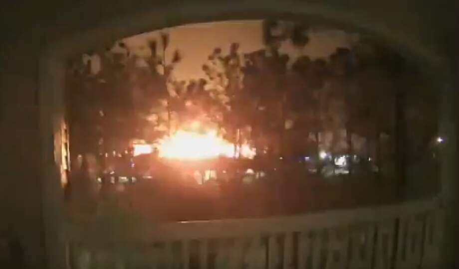 An intense explosion that could be felt for miles erupted in west Houston around 4:30 a.m Friday morning. Photo: Twitter, Joey Charpentier