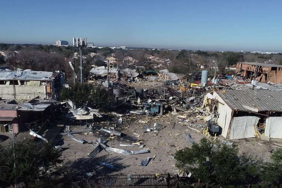 Before and after photos show dramatic effects of West Houston explosion