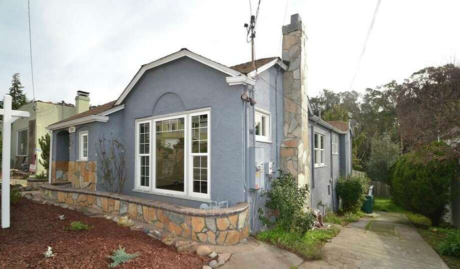 Two-bedroom with expansion potential open Sunday in Oakland