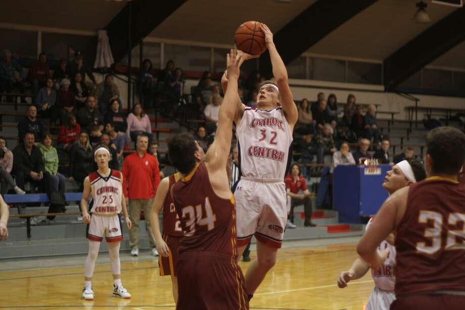 The Manistee Catholic Central boys basketball team topped Mason County Eastern on Friday, Jan. 24, 2020. Photo: Kyle Kotecki/News Advocate