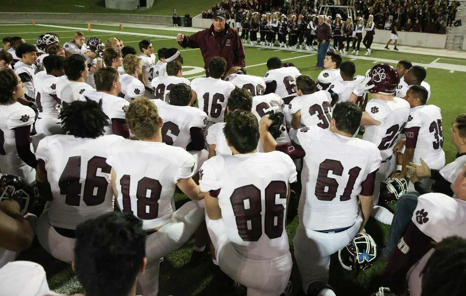 Cy-Fair coach Coach Ed Pustejovsky gives a talk after the team won the playoff game against Lamar at the Delmar Stadiumon Friday, Nov. 16, 2018, in Houston. Photo: Yi-Chin Lee, Houston Chronicle / Staff Photographer / © 2018 Houston Chronicle