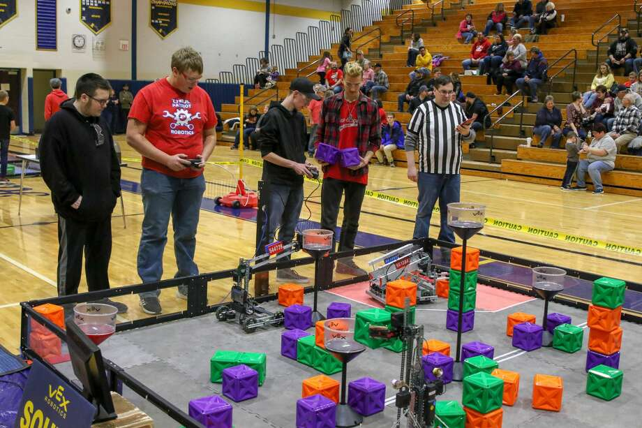 Local students compete in the VEX Robotics competition at Bad Axe High School Jan. 25. Photo: Eric Young/Huron Daily Tribune