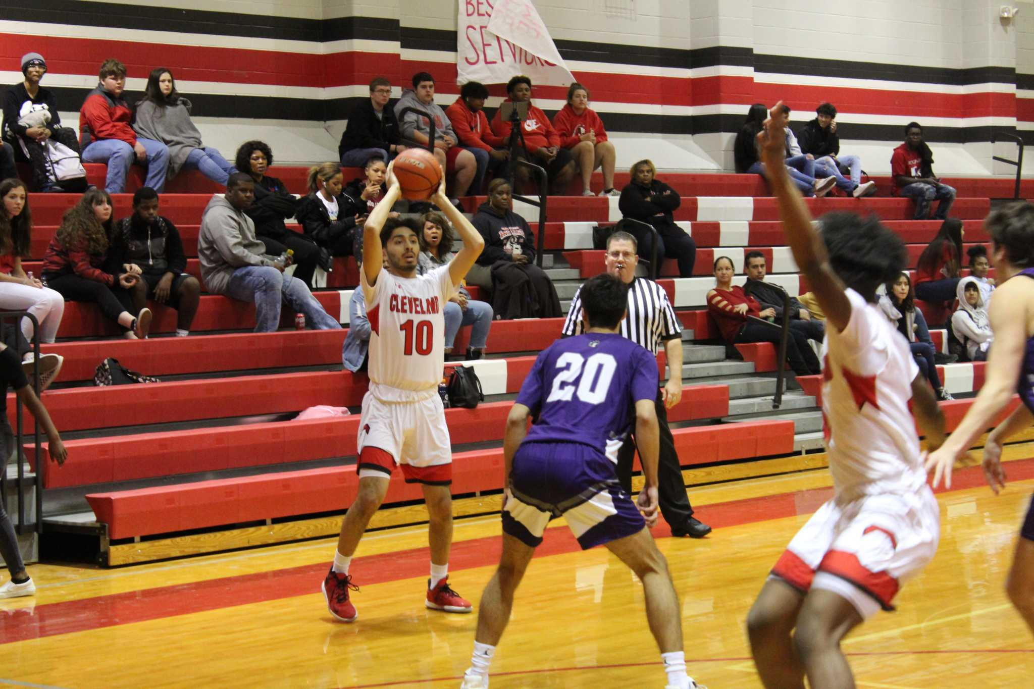 Boys basketball: PN-G edges out Cleveland for fourth place in District 21-5A battle