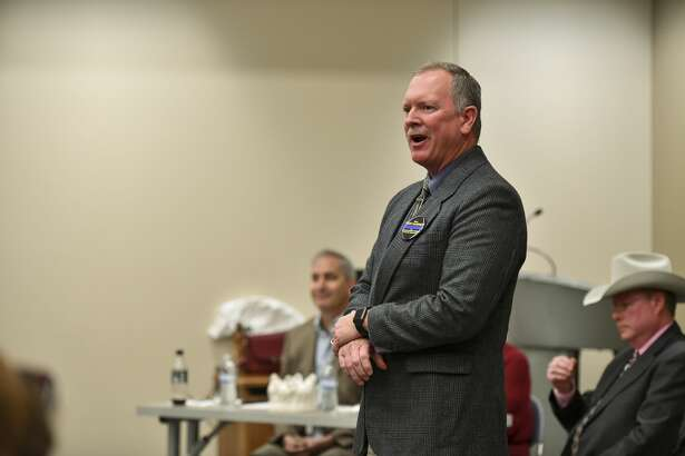 Rory McKinney, who is running for Midland County Sheriff, speaks Saturday, Jan. 25, 2020 during a candidate forum at the Centennial Library. Jacy Lewis/Reporter-Telegram