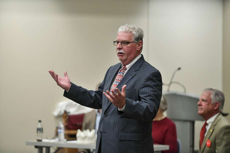 Leonard Dumire, who is running for Midland County Commissioner for Precinct 1, speaks Saturday, Jan. 25, 2020 during a candidate forum at the Centennial Library. Jacy Lewis/Reporter-Telegram Photo: Jacy Lewis/Reporter-Telegram