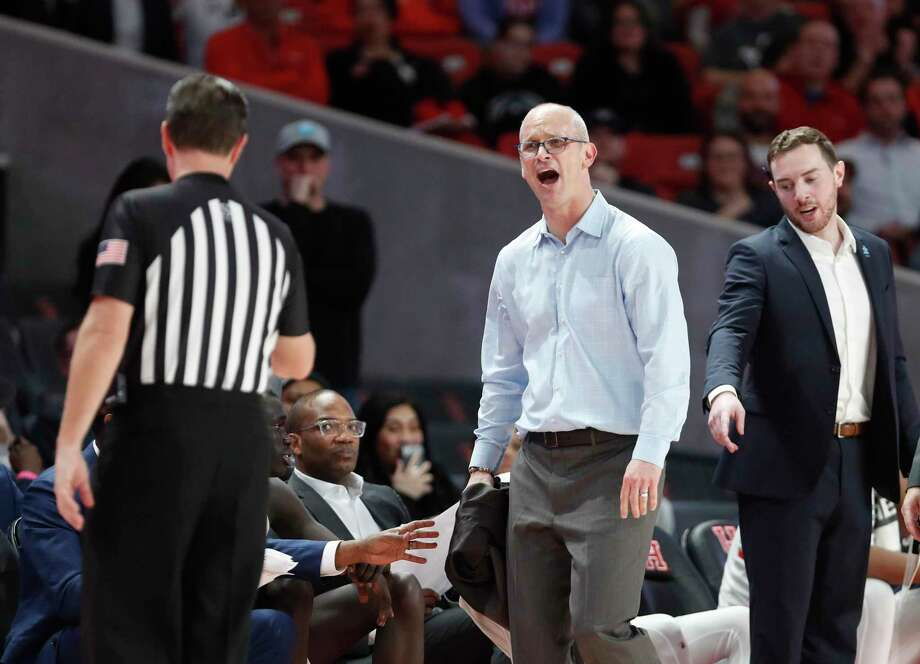 UConn head coach Dan Hurley argues with a referee after he took his jacket off in a heated exchange during the second half against Houston on Thursday. Photo: Karen Warren / Staff Photographer / © 2020 Houston Chronicle