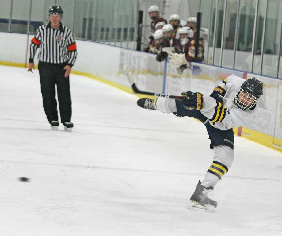 Manistee hockey lost 8-0 to Davison at home on Saturday in a game called after two periods due to the mercy rule. Photo: Kyle Kotecki/News Advocate