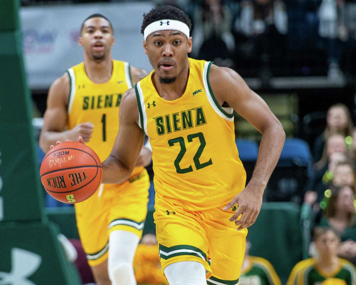 Siena sophomore Jalen Pickett dribbles up court against Quinnipiac at the Times Union Center in Albany NY on Sunday, Jan. 26, 2019 (Jim Franco/Special to the Times Union.)