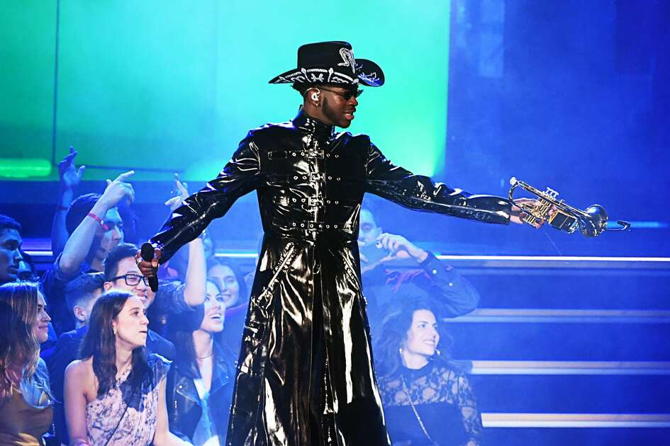 LOS ANGELES, CALIFORNIA - JANUARY 26: Lil Nas X performs onstage during the 62nd Annual GRAMMY Awards at STAPLES Center on January 26, 2020 in Los Angeles, California. (Photo by Kevin Winter/Getty Images for The Recording Academy )