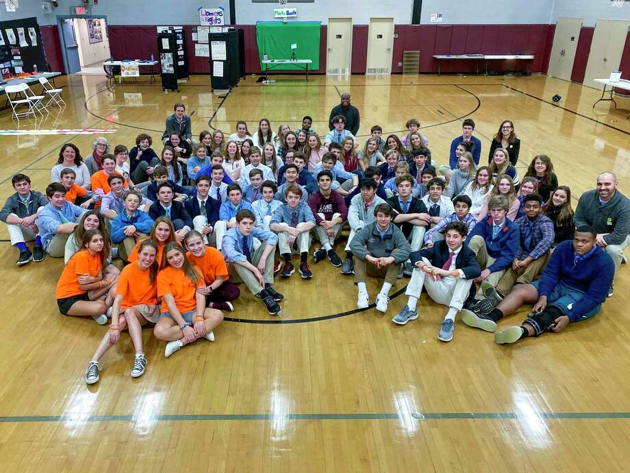 New Canaan: The St. Luke's School's class of 2023 and participating faculty at the conclusion of this year's J-Term. Photo: Valerie Parker / Contributed Photo / @ St. Luke's School