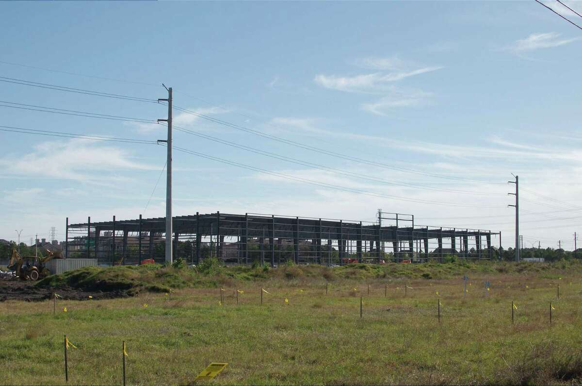 The Absolute Volleyball Club of Texas is building a 56,000-square-foot facility in Webster that will be one of the largest complexes of its kind in the region.