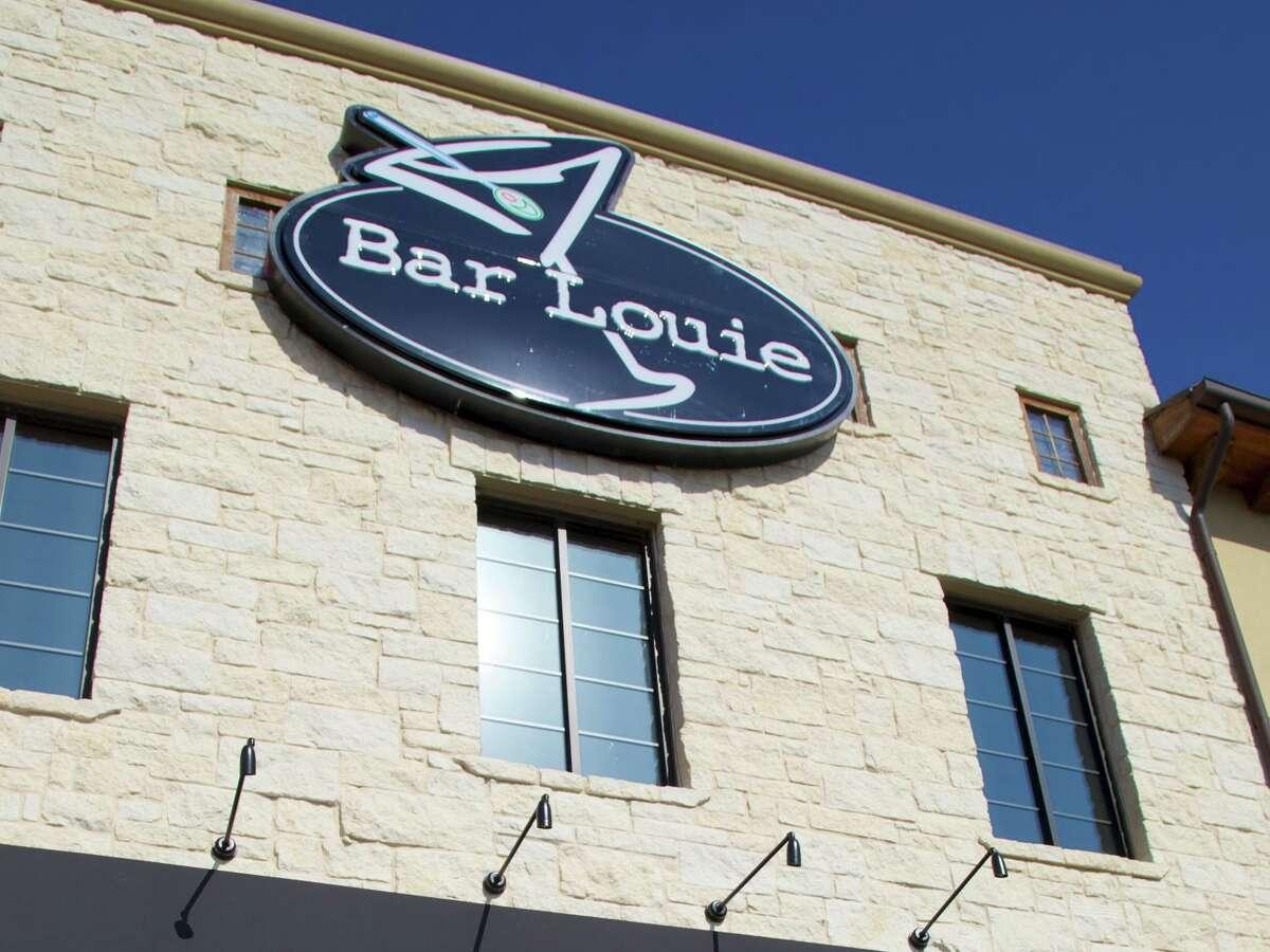 Bar Louie: 15900 La Cantera Pkwy. Date: 09/28/2020