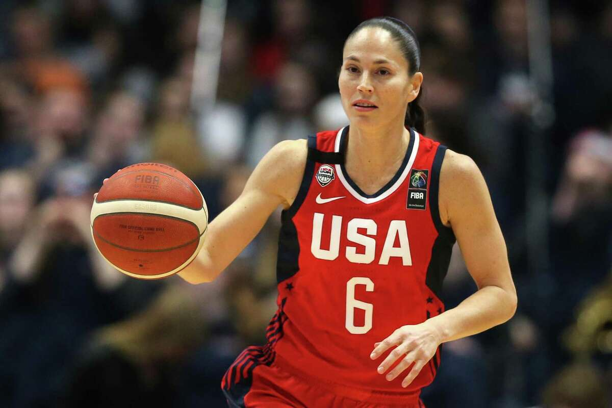STORRS, CONNECTICUT - JANUARY 27: Sue Bird #6 of the United States dribbles downcourt during USA Women's National Team Winter Tour 2020 game between the United States and the UConn Huskies at The XL Center on January 27, 2020 in Hartford, Connecticut. (Photo by Maddie Meyer/Getty Images)