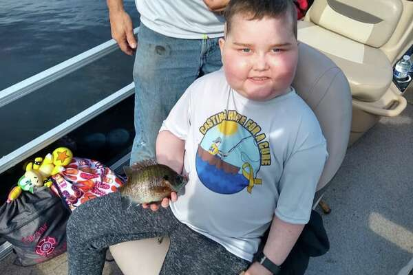 Bentley Thatcher, an elementary school student who was the subject of a number of fundraiser efforts as he and his family battled cancer, died Monday.