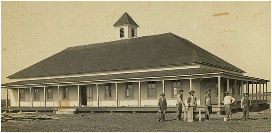Fairchilds Hall in Fort Bend County was being built in 1912. Photo: Fort Bend County Historical Commission.