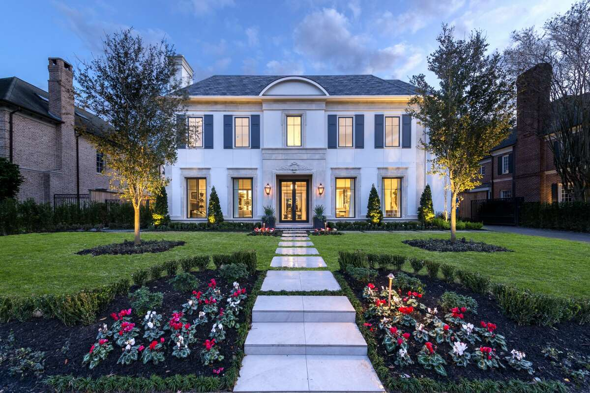 This newly constructed River Oaks home offers the ultimate luxury closet for Houston's best dressed. The $5.75 million mansion is outfitted with a chef's kitchen, temperature-controlled wine room, media and exercise room and separate guest apartment.