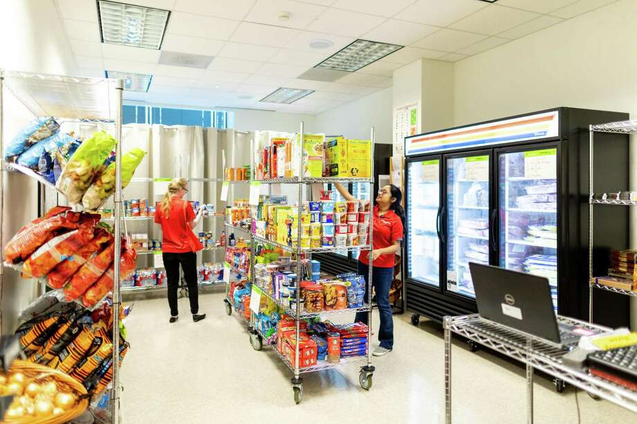 """University of Houston has opened a new food market called the """"Cougar Cupboard"""" that will offer all students up to 30 pounds of free groceries a week. Photo: University Of Houston, University Of Houston, Photographer / Courtesy University Of Houston / 2019 University of Houston"""