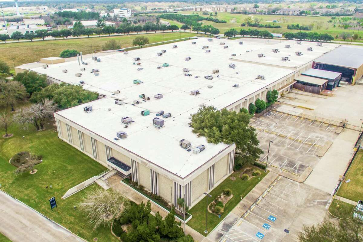 The 245,319-square-foot manufacturing building at 9700 W. Gulf Bank in Brookhollow West Business Park has changed hands.