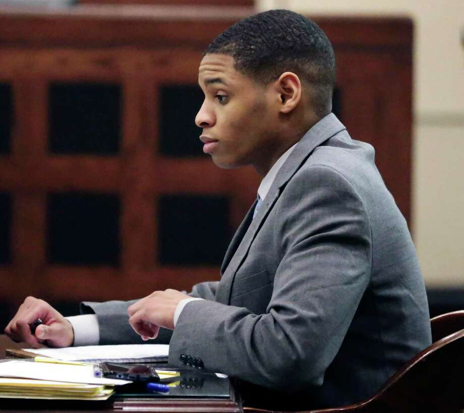 Anton Harris goes over notes before closing statements by attorneys in his sexual assault trial Wednesday, Jan. 29, 2020. Photo: Tom Reel /Staff Photographer / **MANDATORY CREDIT FOR PHOTOG AND  SAN ANTONIO EXPRESS-NEWS/NO SALES/MAGS OUT/TV