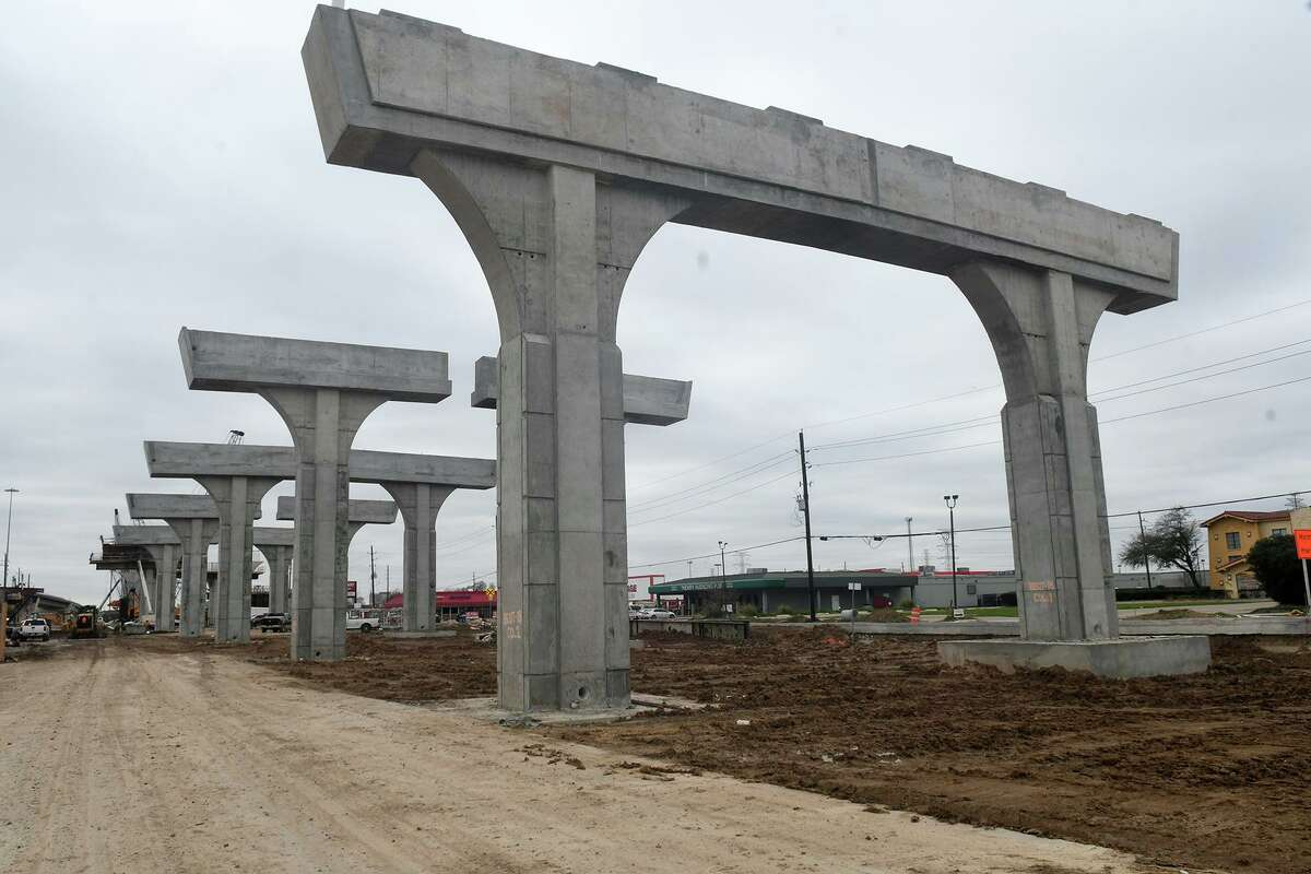 Work continues on the bridge at the intersection of FM 1960 and Hwy 290 in Cypress which borders the west parking lots of Texas Roadhouse and other adjacent businesses.