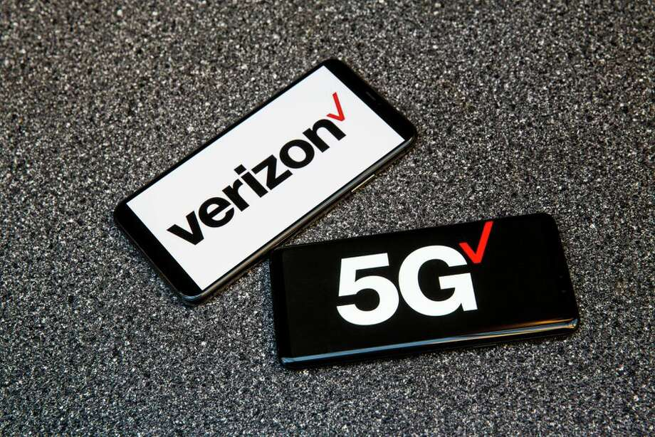 FILE -- Verizon is trialling 5G network security solutions. Photo: Angela Lang/CNET