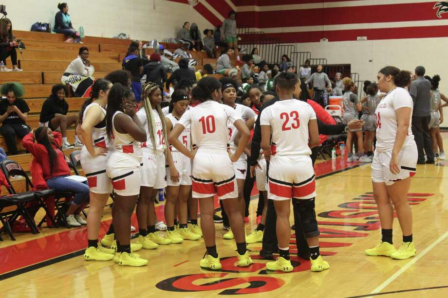 The Westfield girls basketball team is in pursuit of a district title and deep playoff run under head coach Valery Jackson. Photo: Staff Photo/Alvaro Montano