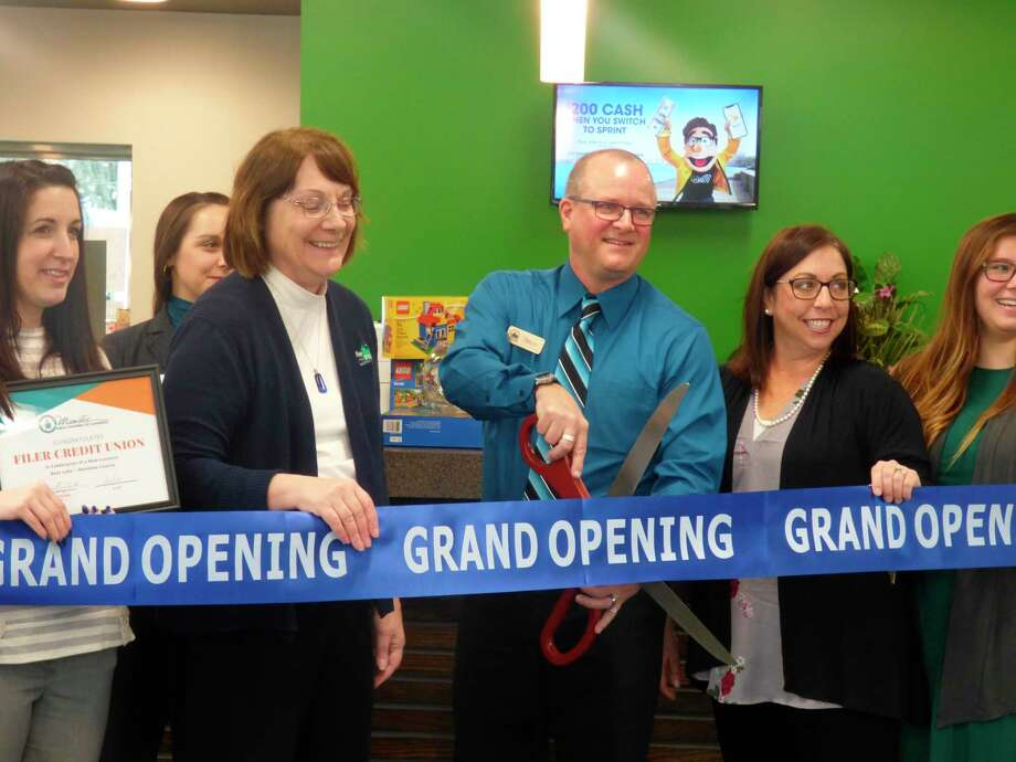 Those who attended Thursday'sribbon-cutting ceremony at Filer Credit Union's new Bear Lake location were treated tohors d'oeuvres and had the opportunity to enter a variety of raffles. (Scott Fraley/News Advocate)