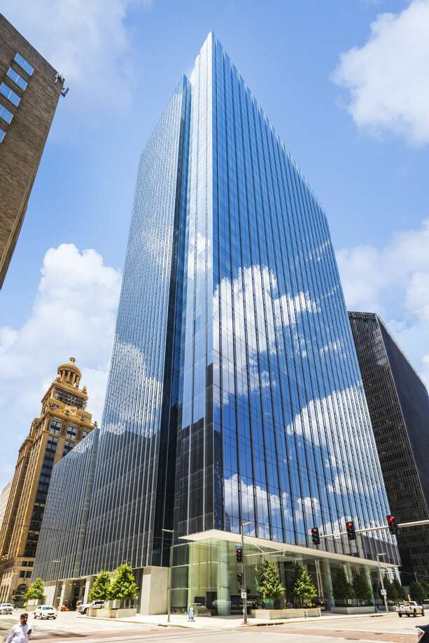 Bank of America Tower achieved a three-star rating from Fitwel for design and operations that support health and wellness for its building tenants. Photo: Skanska