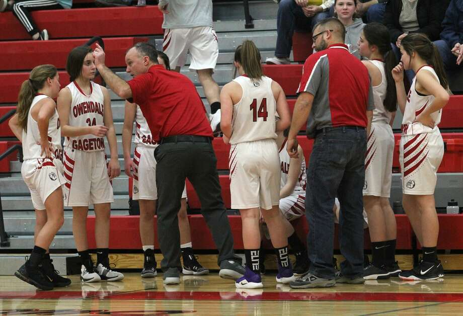 The North Huron girls basketball team held off host Owen-Gage for a 30-27 win on Thursday night. Photo: Mark Birdsall/Huron Daily Tribune