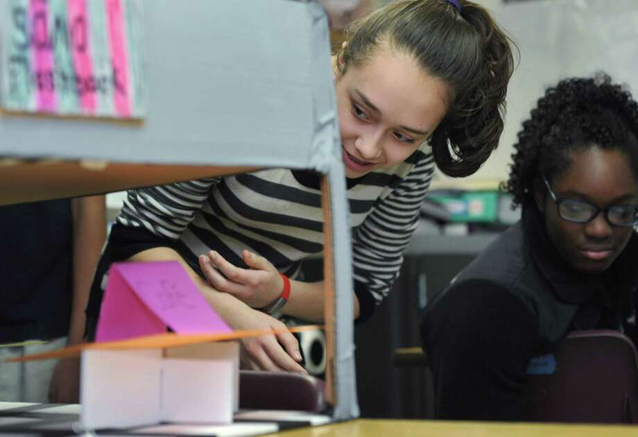 Students from Side by Side School present their projects during a 2018 Common Ground program. Photo: Erik Trautmann / Hearst Connecticut Media / Norwalk Hour