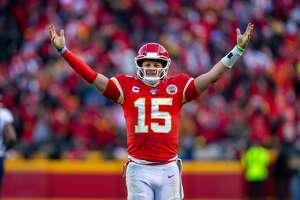 KANSAS CITY, MO - JANUARY 19: Kansas City Chiefs quarterback Patrick Mahomes (15) celebrates after a play against the Tennessee Titans at Arrowhead Stadium in Kansas City, Missouri. (Photo by William Purnell/Icon Sportswire via Getty Images)