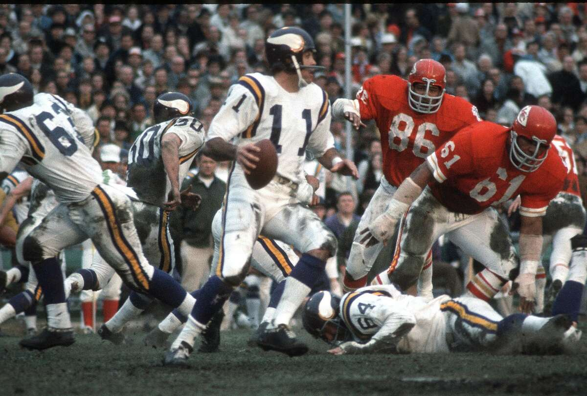 NEW ORLEANS, LA - JANUARY 11: Joe Kapp #11 of the Minnesota Vikings drops back to pass against the Kansas City Chiefs during Super Bowl IV on January 11, 1970 at Tulane Stadium in New Orleans, Louisiana. The Chiefs won the Super Bowl 23-7. ~~