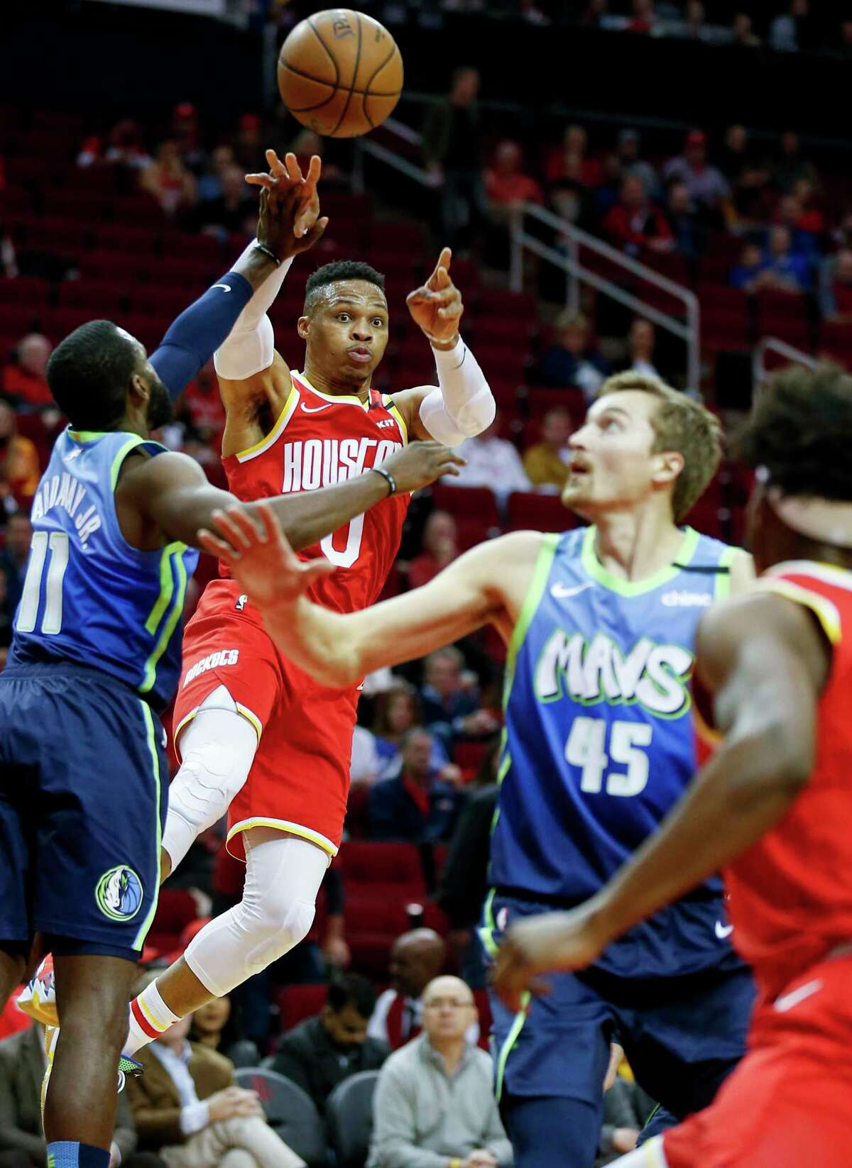 Rockets guard Russell Westbrook, center, took advantage of the spacing with the smaller lineup to score 32 points and dish out nine assists.