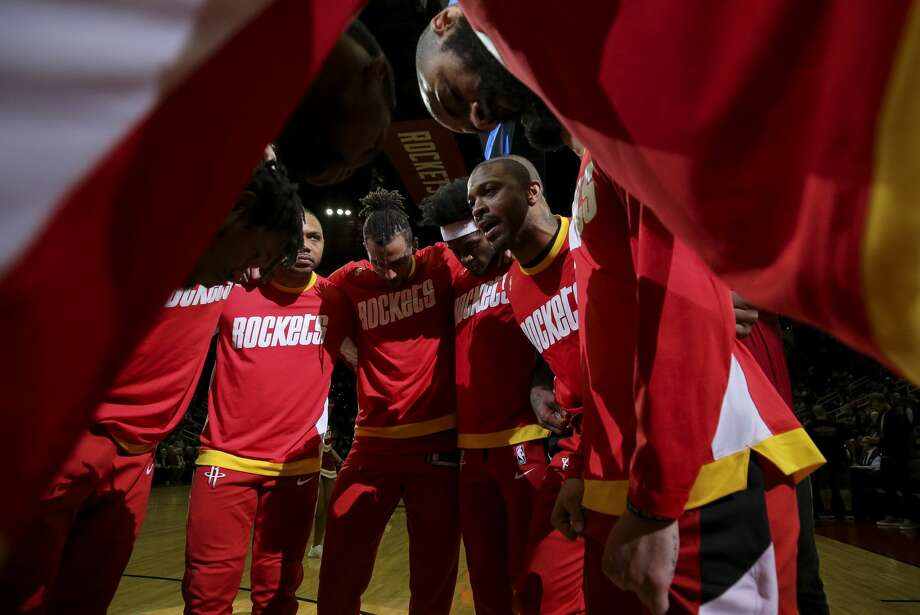 The Houston Rockets huddle before the start of an NBA game against the Dallas Mavericks at the Toyota Center Friday, Jan. 31, 2020, in Houston. Photo: Godofredo A Vásquez/Staff Photographer