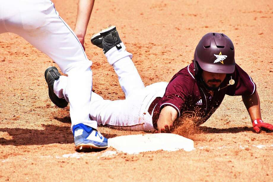 Anthony Handel went 3-for-4 Friday as TAMIU fell 9-4 in its season opener against UAFS despite a 13-10 advantage in hits. Photo: Courtesy Of TAMIU Athletics
