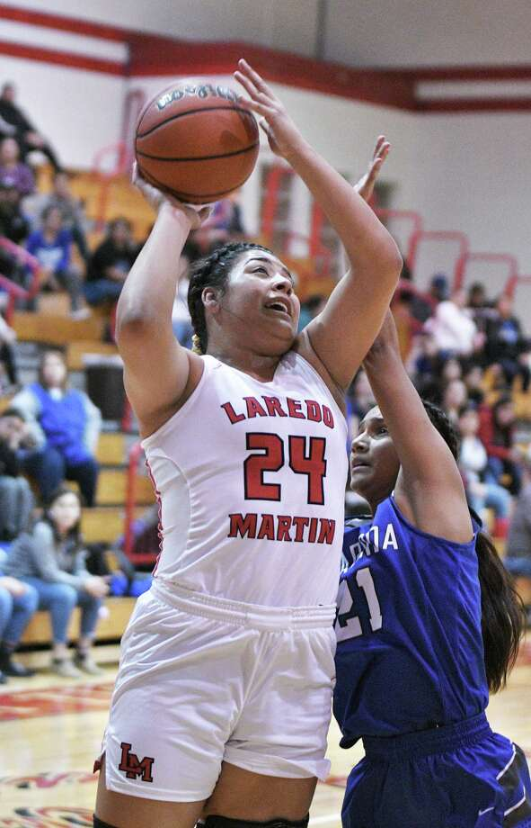 Melanie Duron had a double-double with 13 points and 14 rebounds in Martin's 39-34 win over Cigarroa. Photo: Cuate Santos /Laredo Morning Times