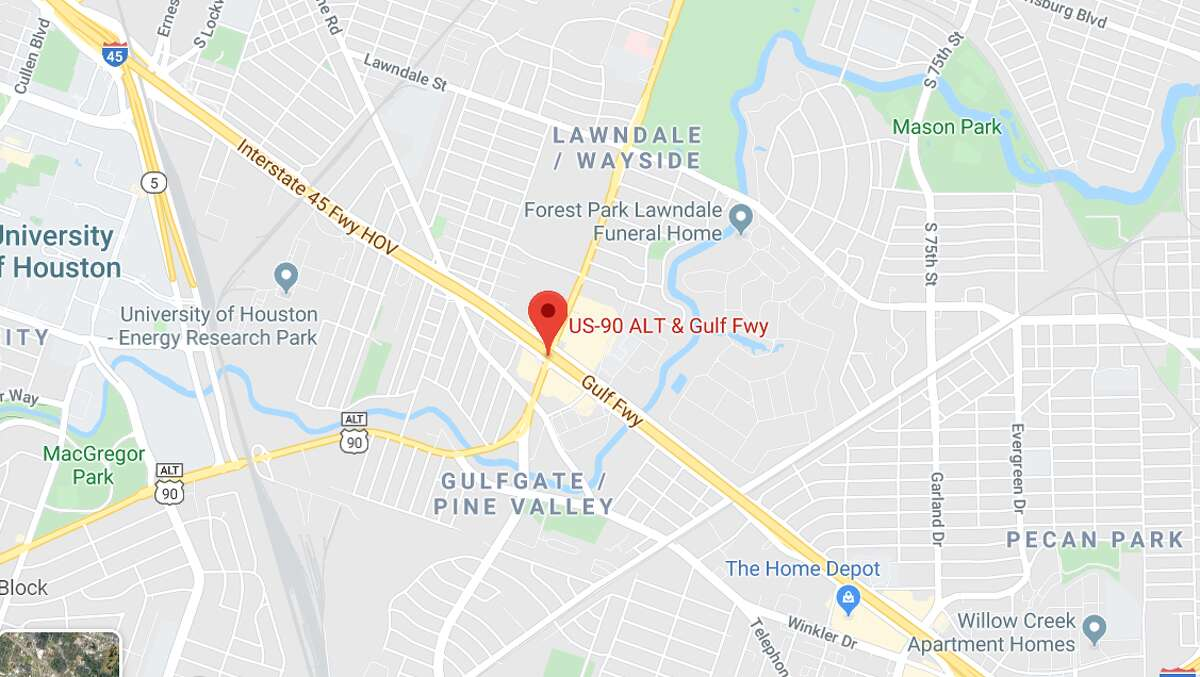 The fatal crash occurred around 7:15 p.m. Friday near the freeway's intersection with Route 90.