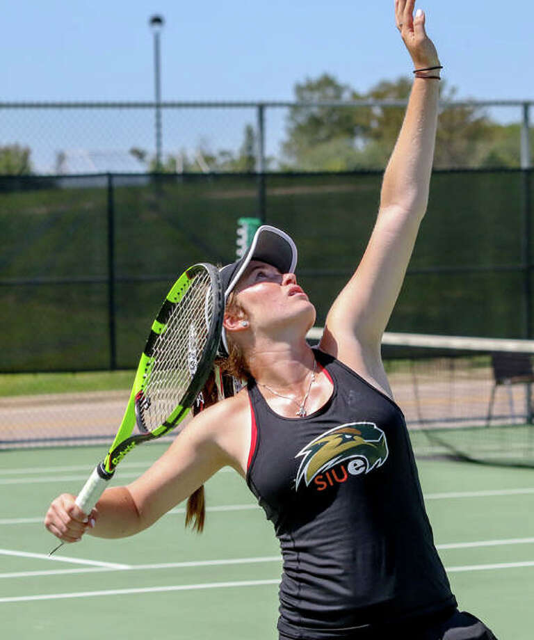SIUE's Callaghan Adams secured Friday's 403 win over Bradley with a 61, 75 win over Nina Marjanovic. Adams is a redshirt junior from Edwardsville. Photo: SIUE Athletics