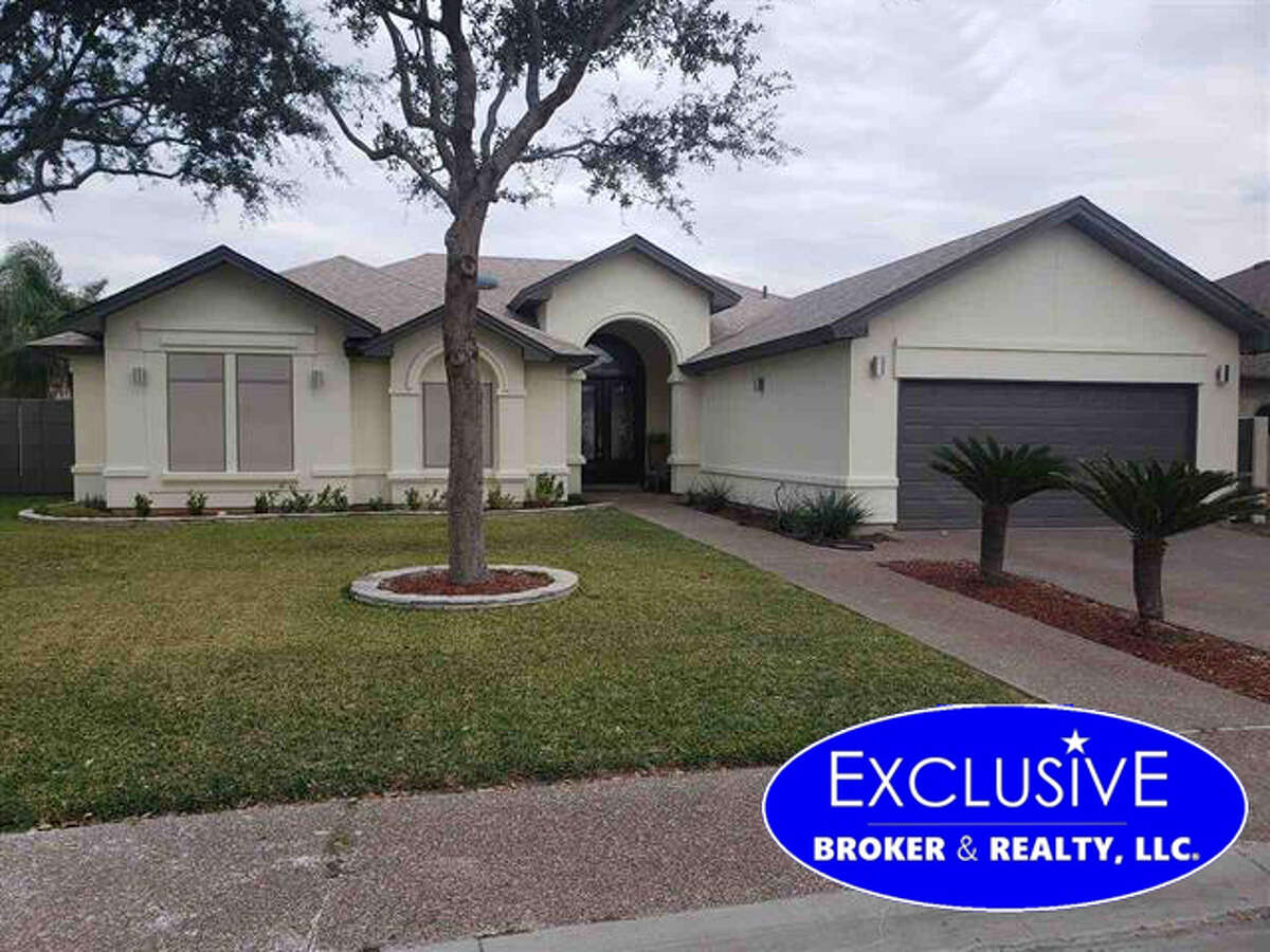 6505 Shark Bay Rd. Click the address for more information $325,000. SqFt Lot 8,795. SqFt 1st floor 2,172. 3 Bedrooms, 3 Full Baths, Maids Quarters, Year Built 2004. Amenities: Alarm System, Cable Tv, Audio/ Video Wiring, Cameras, Garage: Double Attached. Pool School District: UISD Subdivision: Lakeside Zone: 13 E of Loop 20 between Del Mar and Hwy 59. Mario A Zaragoza: Exclusive Broker & Realty, LLC mariozaragoza@yahoo.com, 956-2829675