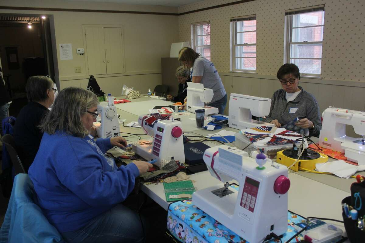 The Big Rapids chapter of the Quilts of Valor participated in National Sew Day at the Old Jail this weekend. During the event, attendeesmade quilts for local veterans, while also enjoying activities, prizes and food.