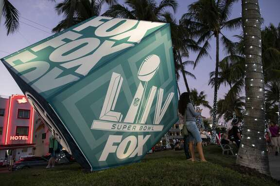 MIAMI, FL - JANUARY 28: Fans visit the FOX Sports South Beach studio compound on January 28, 2020 in Miami, USA. The Super Bowl XLIV will take place in the Hard Rock Stadium in Miami between the teams 49ers vs. Chiefs, and it will be played on Sunday, Feb. 2, 2020. (Photo by Eduardo MunozAlvarez/VIEWpress/Getty Images)