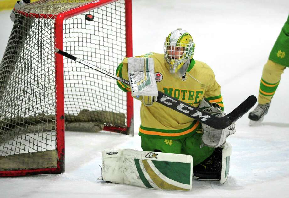 Notre Dame of West Haven goalie Connor Smith. Photo: Christian Abraham / Hearst Connecticut Media / Connecticut Post